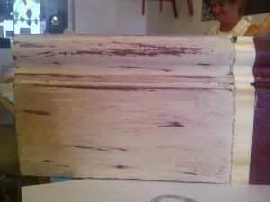 Two-colour distressed application:This is so easy!