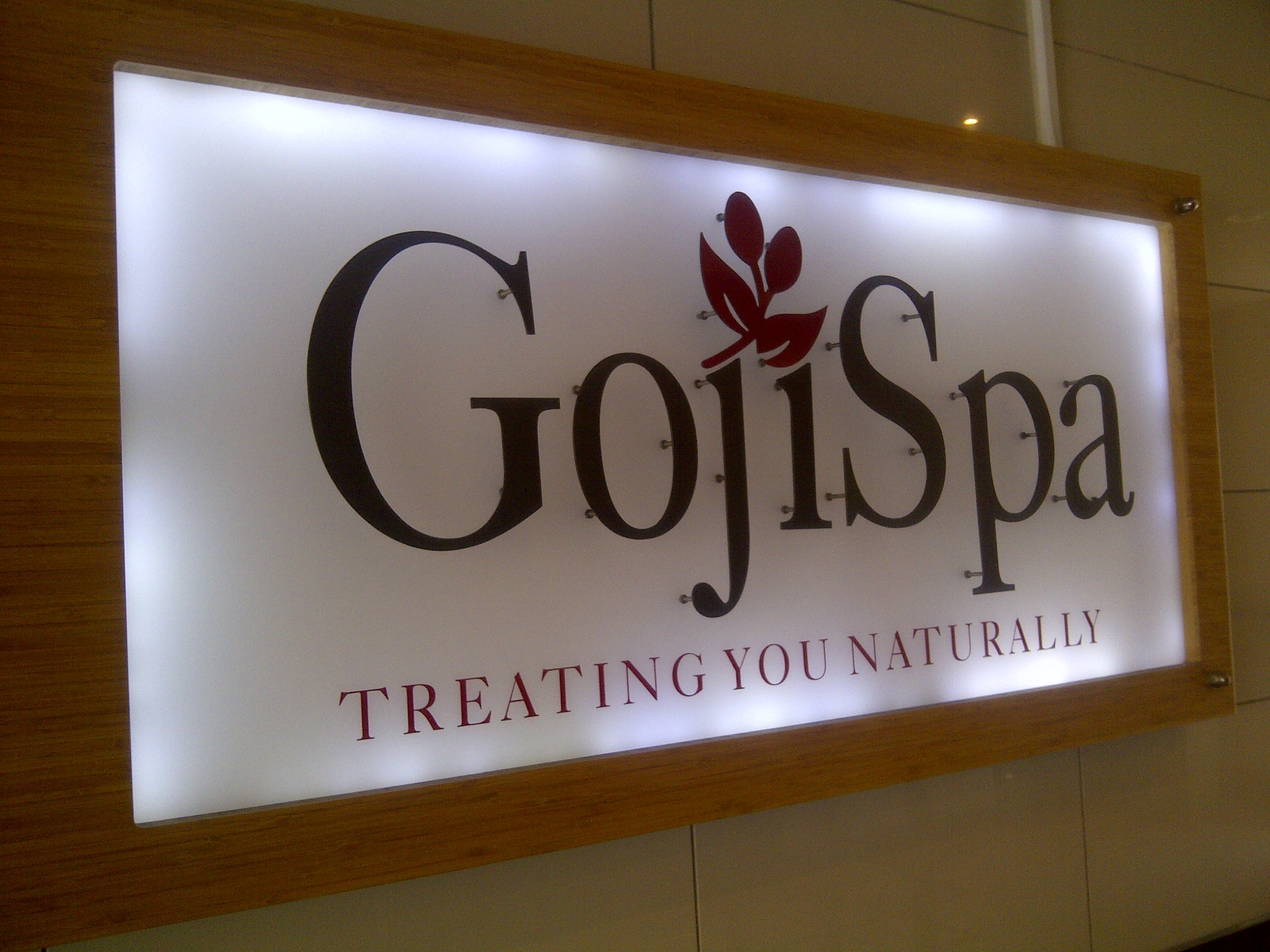 Goji spa pregnancy massage s best kept secret the milk for Pregnancy and spa treatments