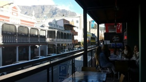 Outdoor views from the balcony of Long street. And my fave celebrity, Table Mountain always photobombing with its awesomeness