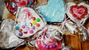 Ready to spread the love...in the form of pretty little cookies!