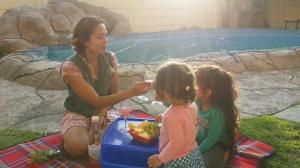 Last rays of the day kinda picnics: Cheers,mama!