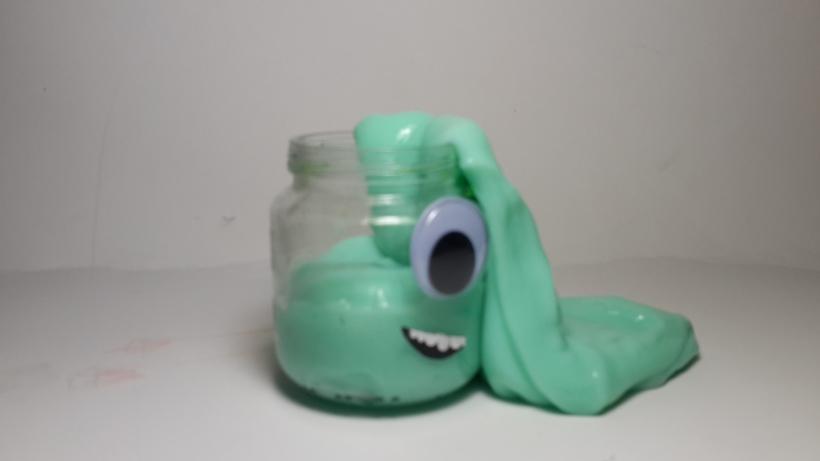 Aliens in a jar: Lights on