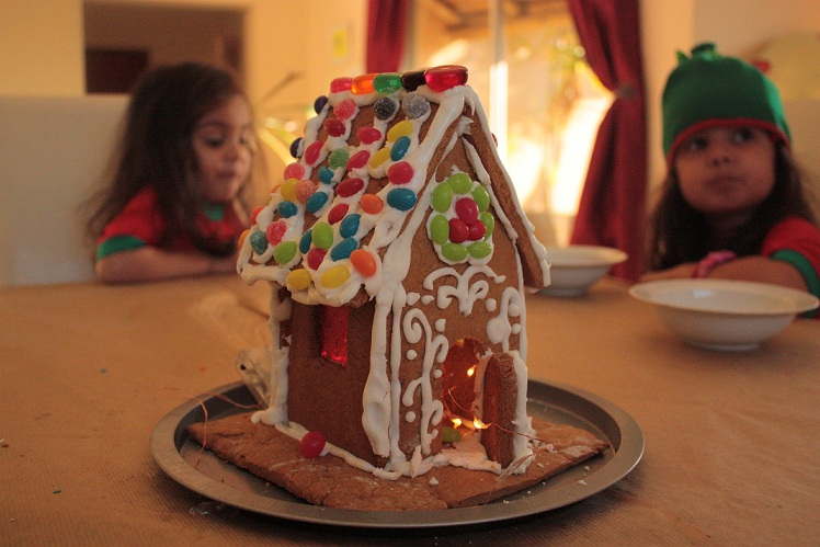 gingerbreadhousedone